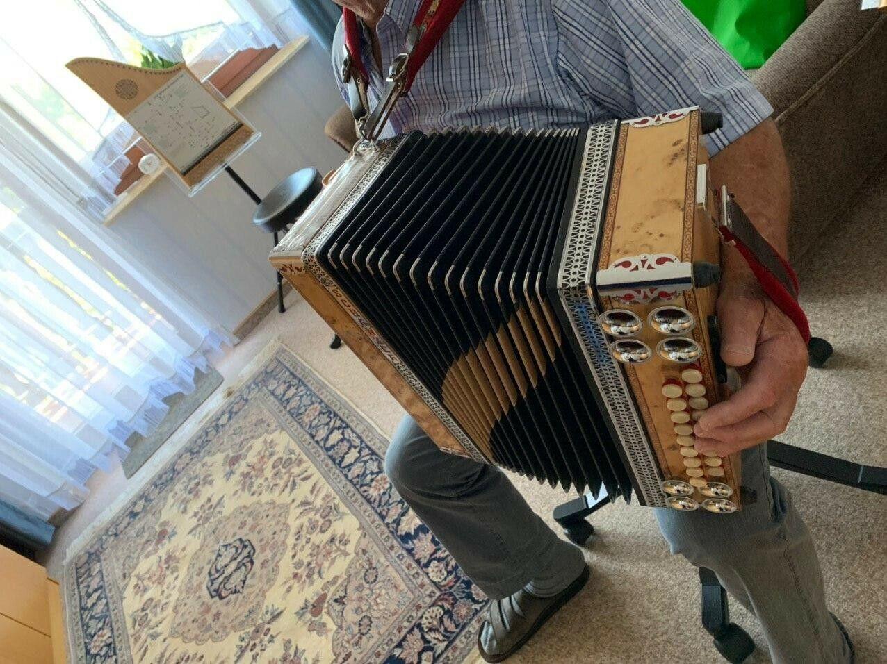 Steirische Harmonika gebraucht, Schanzer, 4 reihig,Stimmung b_Es-As-Des