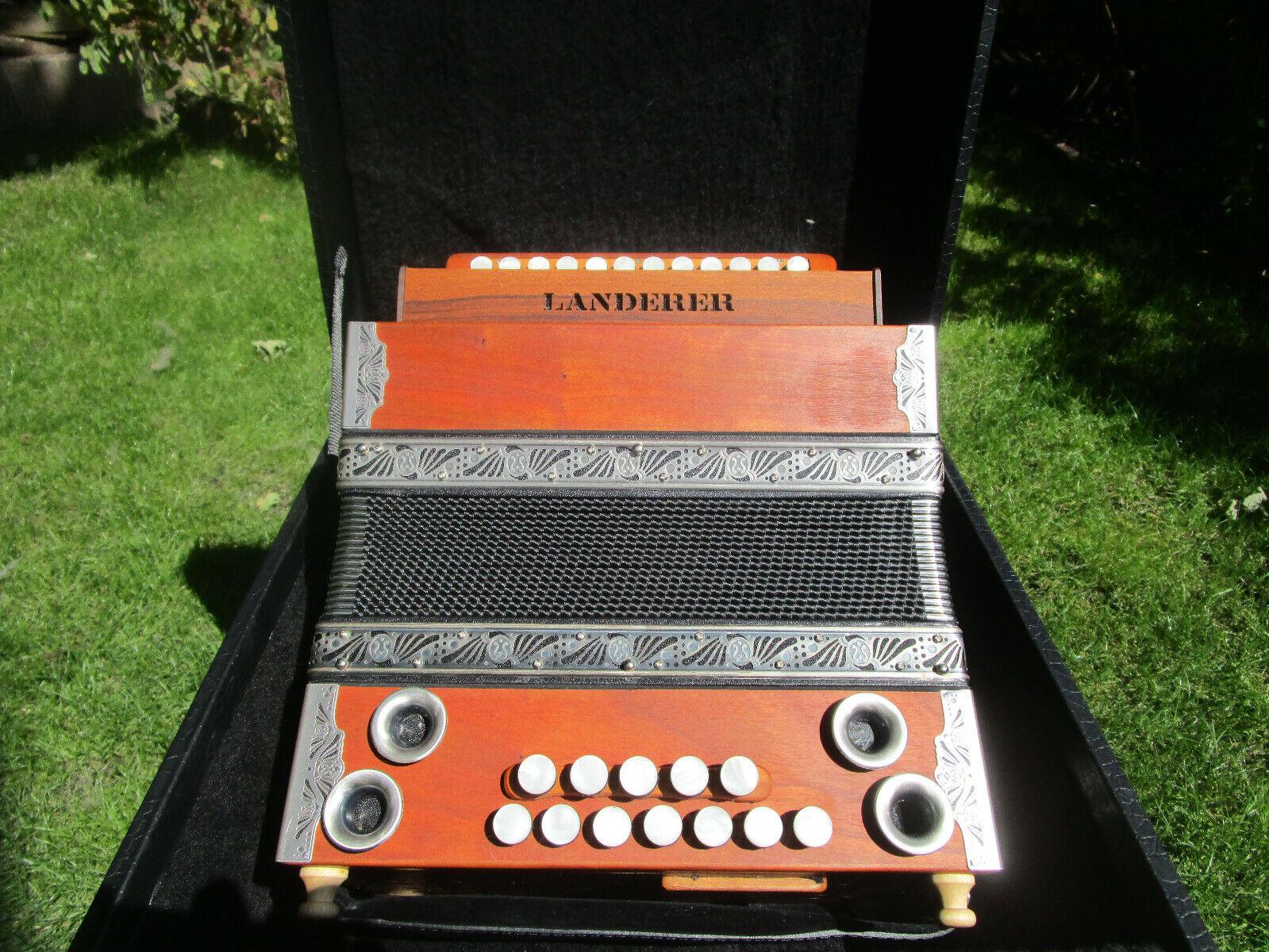 """Steirische Harmonika  """"LANDERER"""" neuwertig"""
