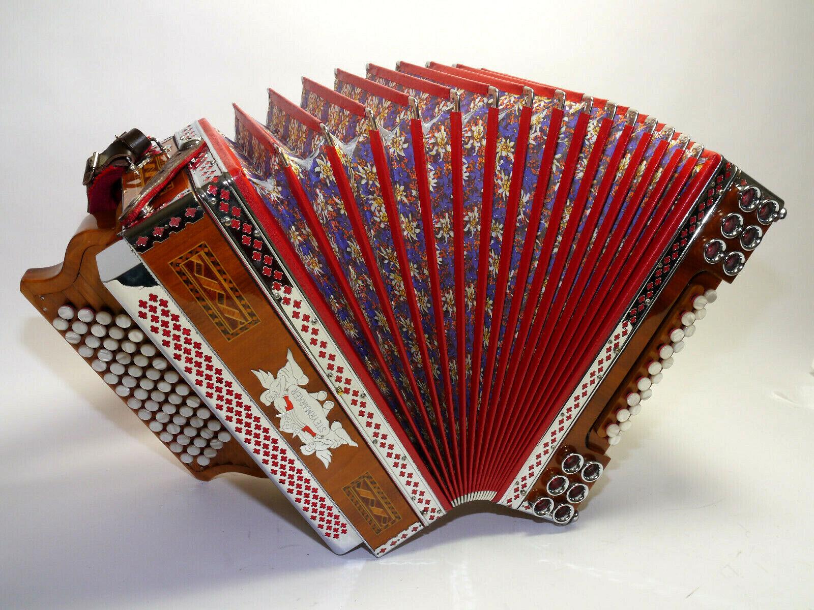 Steirische Harmonika, Steyrmarker, D-G-C-F-B, tipo a mano