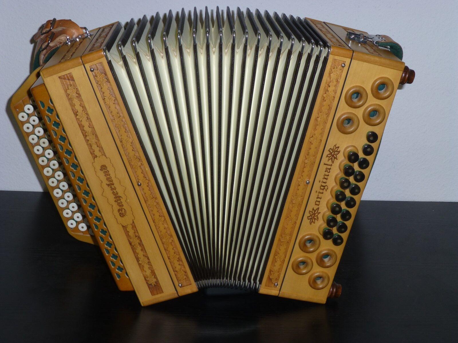 Bayerland-Alpenkönig Steirische Harmonika  B Es As Des 48/16 wenig bespielt.