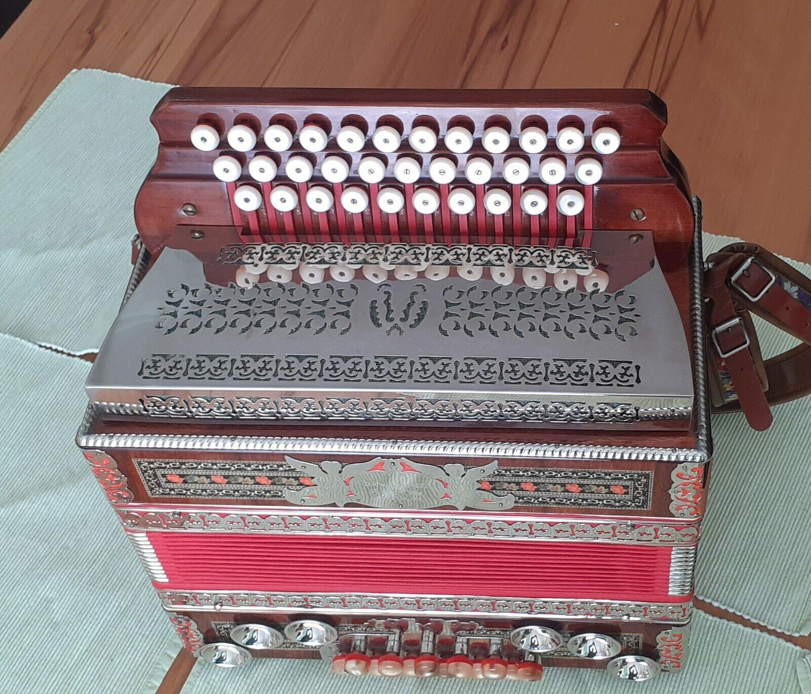steirische Harmonika der Firma Novak B Es As