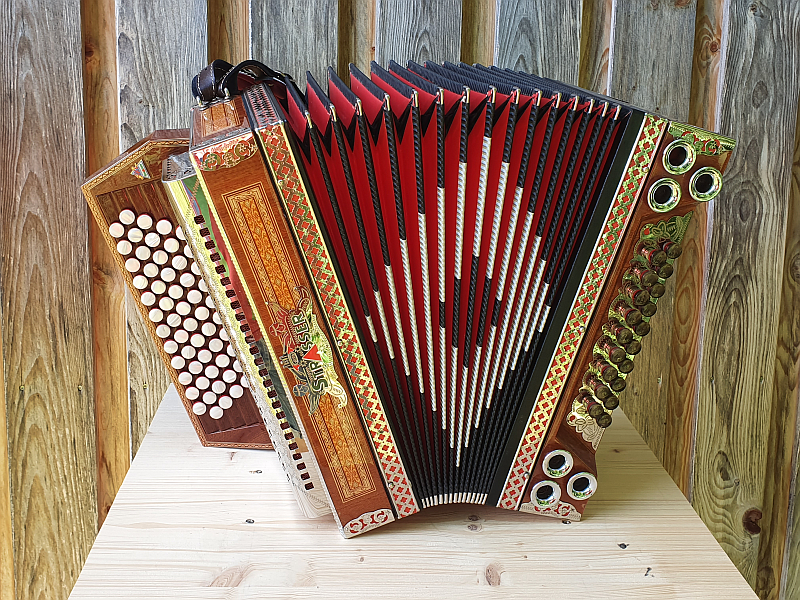 Steirische Harmonika Strasser EADGC 5-reihig mit Limex Bassmidi & Diskantmikros